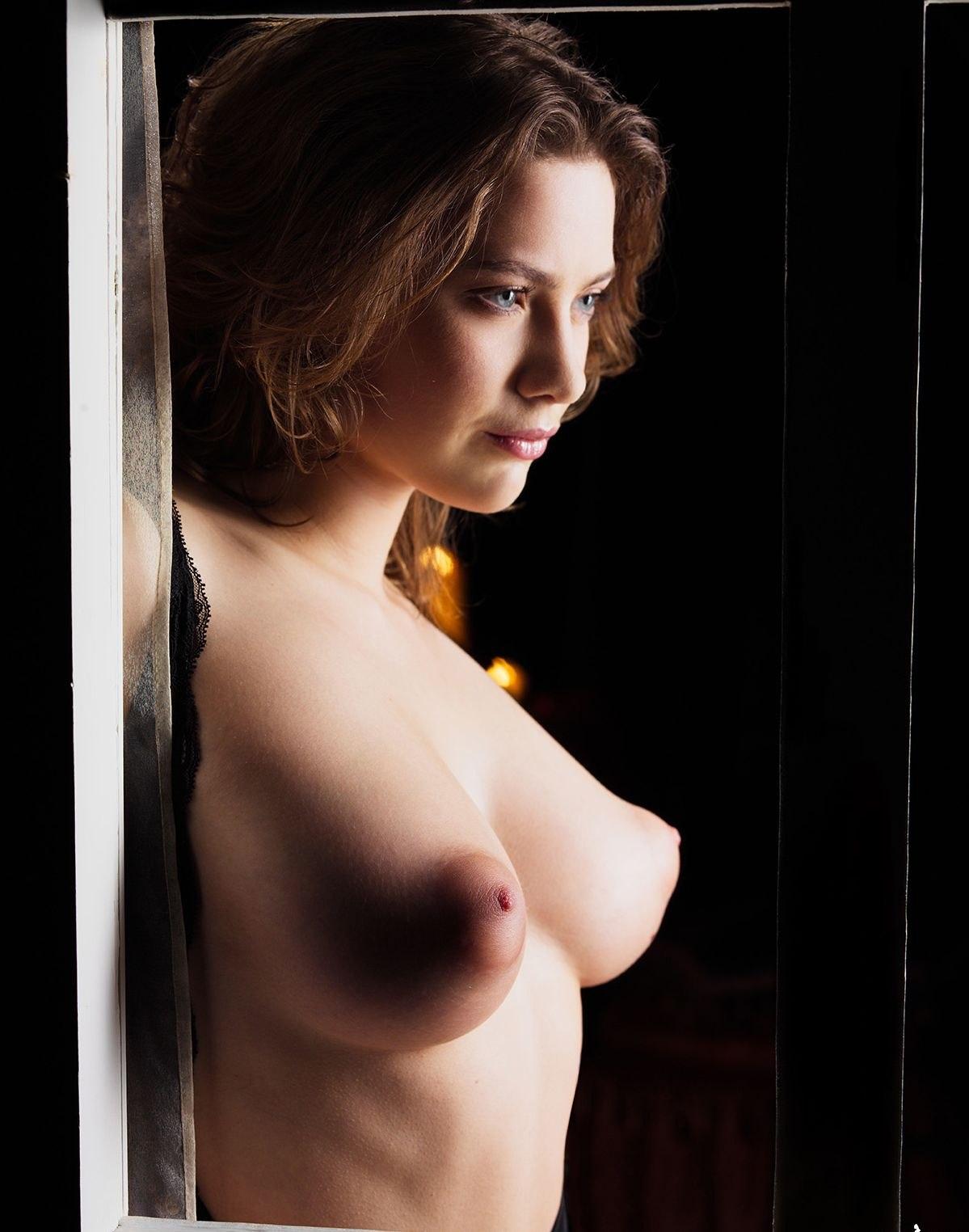 Ester puffy nipples