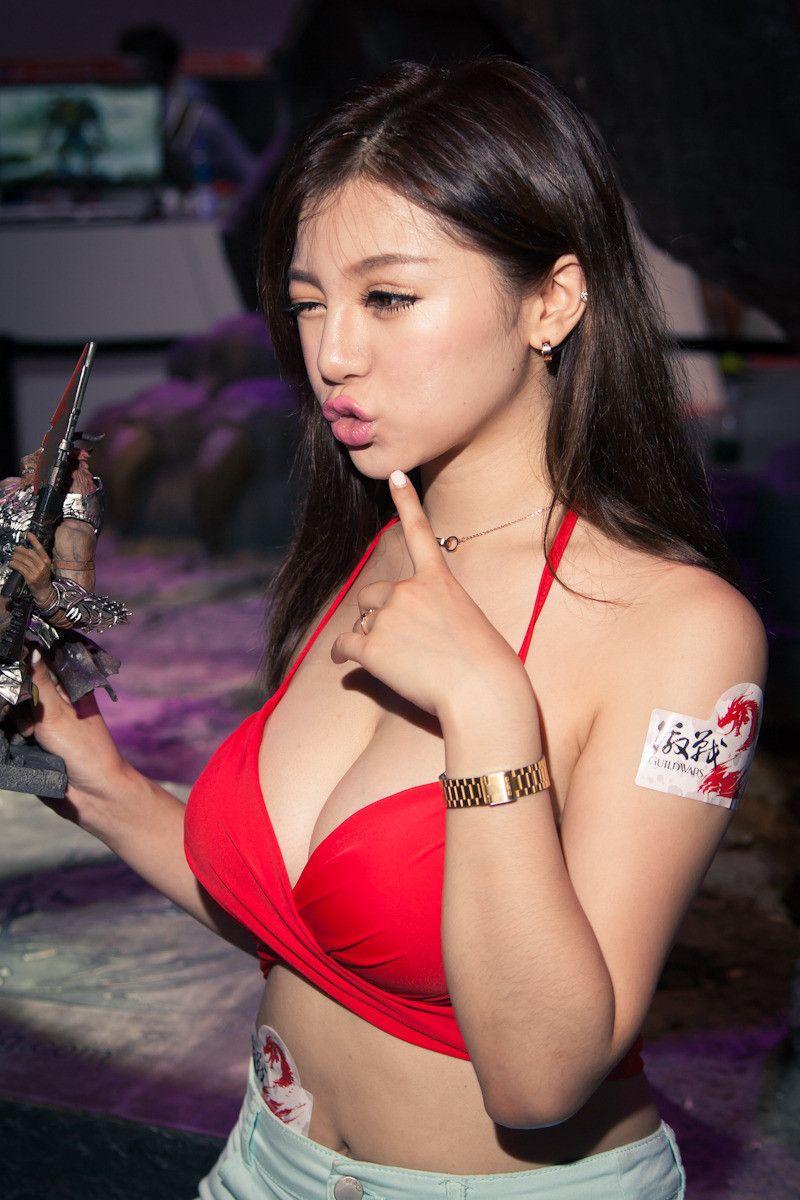 無料 無修正 画像 アジア人 ヌード